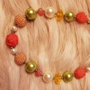 Other - Girls chunky beaded necklace